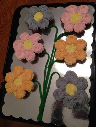 Cupcake Flower Cake 6
